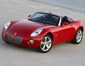 Photo of 2006 Pontiac Solstice like my toy car