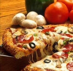 Yummy pizza at Avanti Ristorante