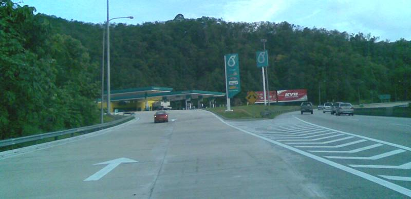 petronas-mountain11