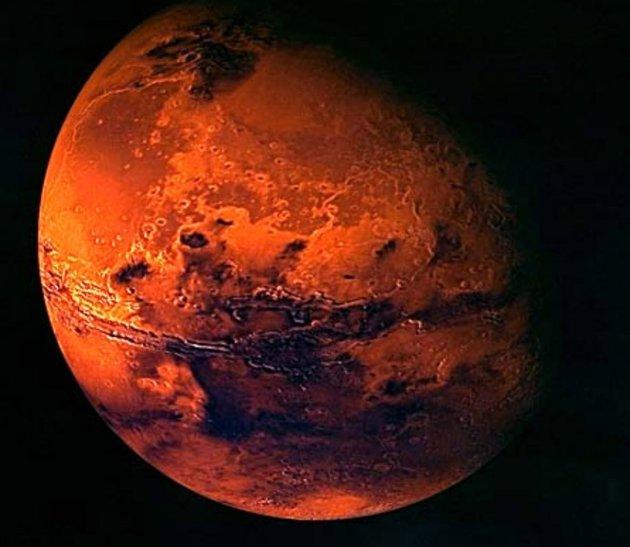 NASA's Latest Amazing Photos Of Mars (1/6)
