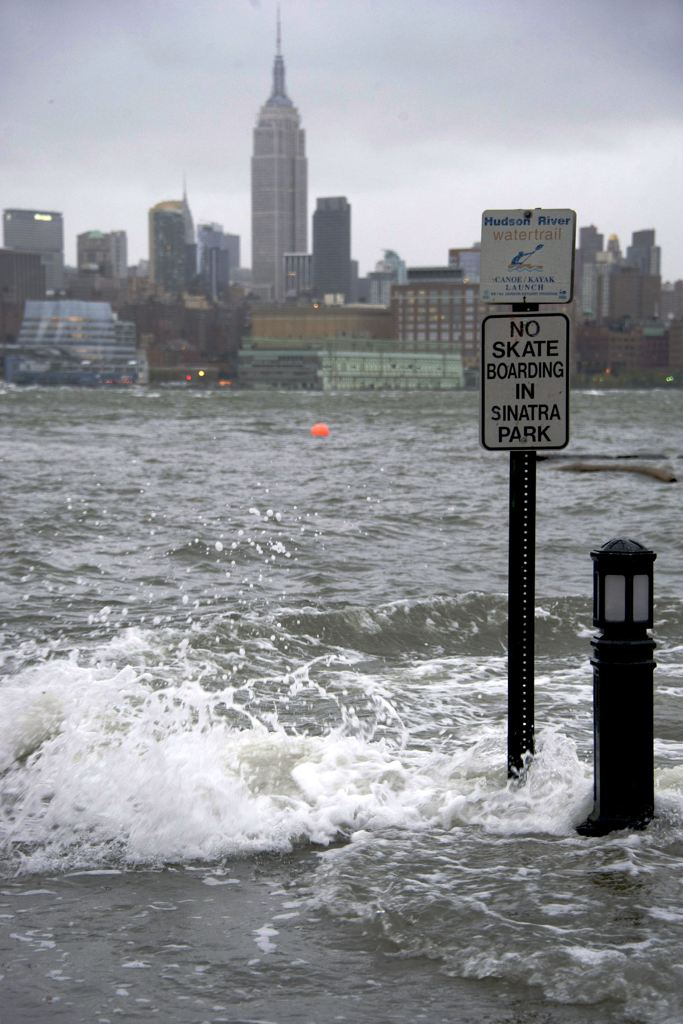 Superstorm Sandy slams Northeast, triggers massive blackouts and flooding