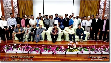 Some of the participants at the  'Majlis Taklimat draf asas Memorandum kepada Majlis Raja-Raja berhubung Isu Memepertahankan Kesucian Nama Allah'.(Photos by jinggo fotopages)
