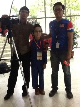 Uncle Ansari (L) and I (C) together with an Astro Awani reporter (R).