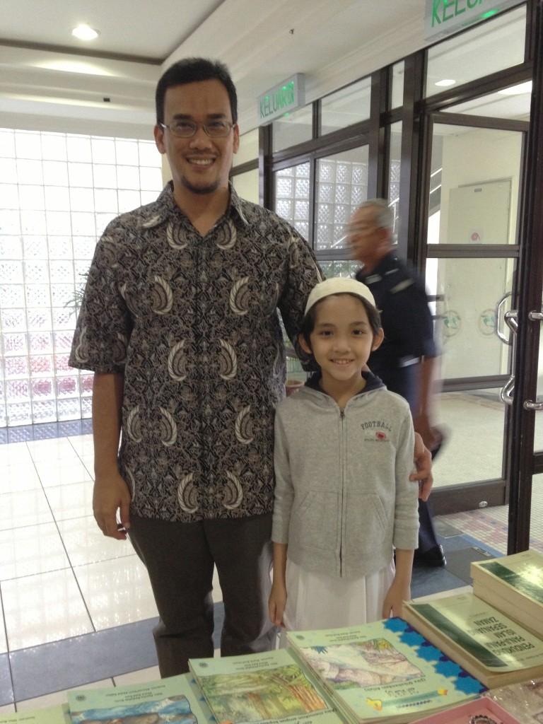 Uncle Azril Mohd. Amin (L) and I at the Auditorium Utama, Universiti Islam Antarabangsa.