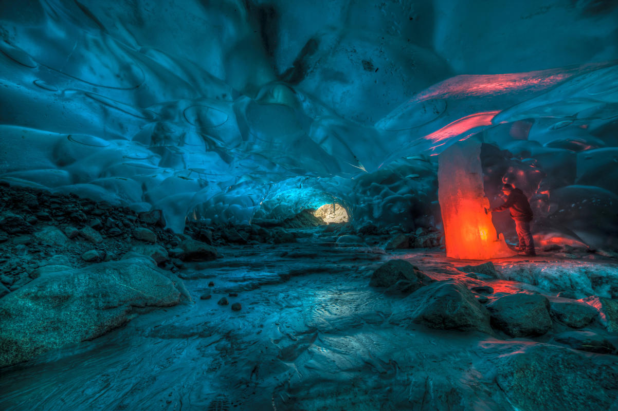 Photos Of A Magical Alaskan Ice Cave By Ron Gile   Ahmad ...
