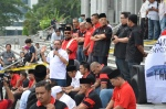 Part of the early crowd in front of the Istana Kehakiman, June 23, 2014.