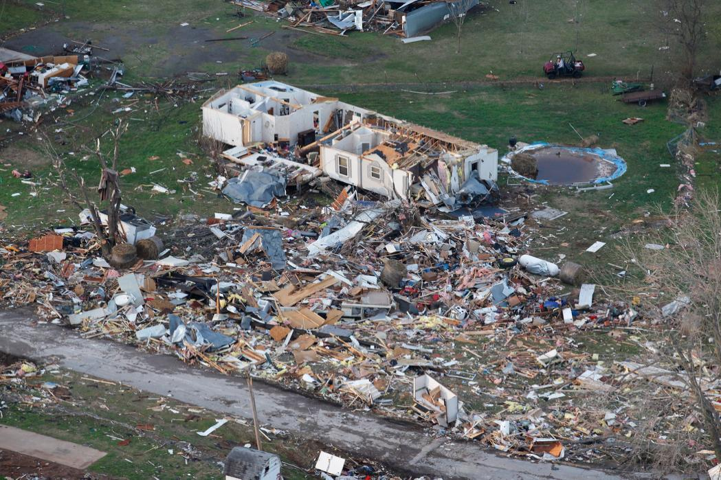 In Photos: First 2015 Tornadoes Hit Arkansas And Oklahoma ...