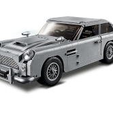 James Bond™ Aston Martin DB5 - This complex 1295 pieces set comes complete with multiple cool features from the James Bond movies, including changeable plate numbers, and even razors coming out from the tyres. This set will be available for all to buy with a limit of 2 sets per household on the 1st of August 2018. It is currently only exclusively available to LEGO VIPs.