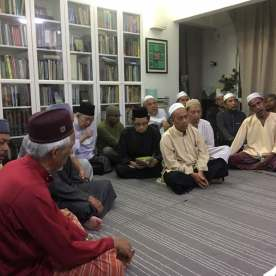 Suasana semasa majlis tahlil ketiga yang dihadiri oleh Tengku Razaleigh Hamzah. (Gambar ihsan Tuan Wan Jailani)