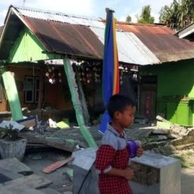 A house sits damaged after an earthquake, in Donggala, central Sulawesi, Indonesia. Picture: AP | Source:AP