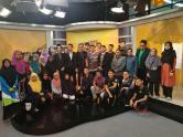 Gambar beramai-ramai setelah tamat program.