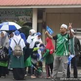 Ahli-ahli Parti Islam Se-Malaysia turut serta menyokong calon Barisan Nasional di Tanjung Piai hari ini - Gambar ihsan Malaysiakini