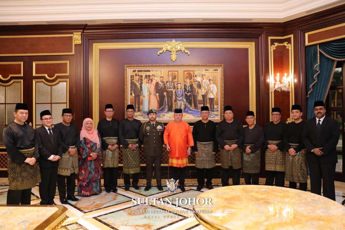 10 ADUN Johor Angkat Sumpah Sebagai Exco(Gambar)