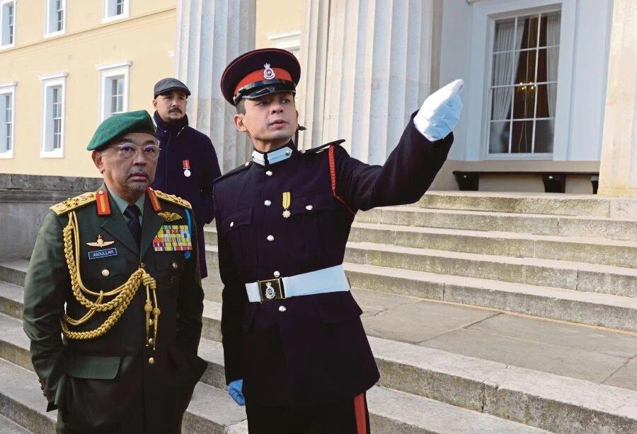 Covid-19: Tengku Hassanal Sumbang Elaun Diraja ke Tabung Covid-19Pahang